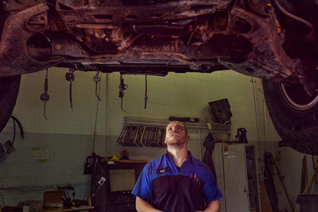 Sean Moore, Mechanic